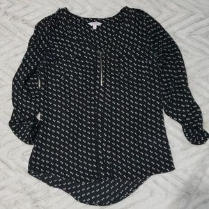 Candie's womens black and white blouse medium